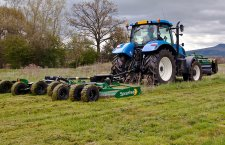Rotary cutter for tractor