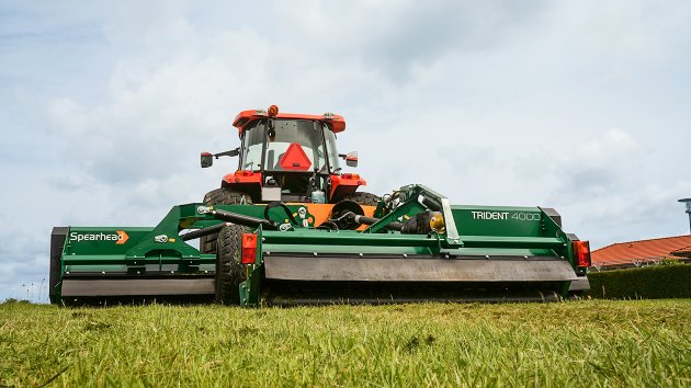 Trailed flail mower Trident 4000