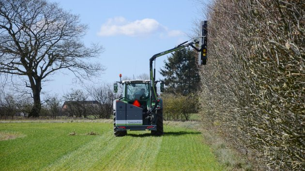 Agricultural hedge cutting performed with GreenTec Rotary Mulcher RM 232