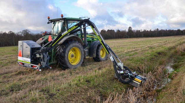 Tractor with ditch mower