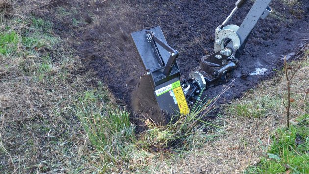 Professional rotary ditch cleaner
