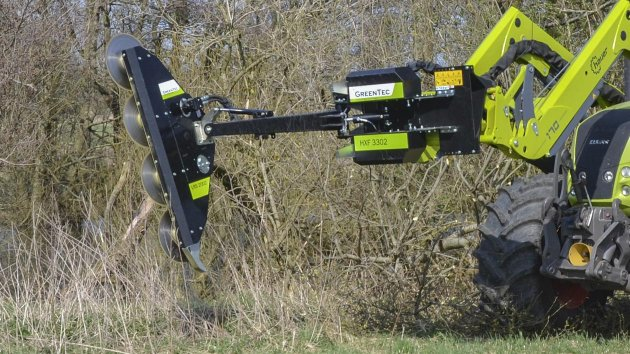 Much safer hedge trimming than a hydraulic chainsaw