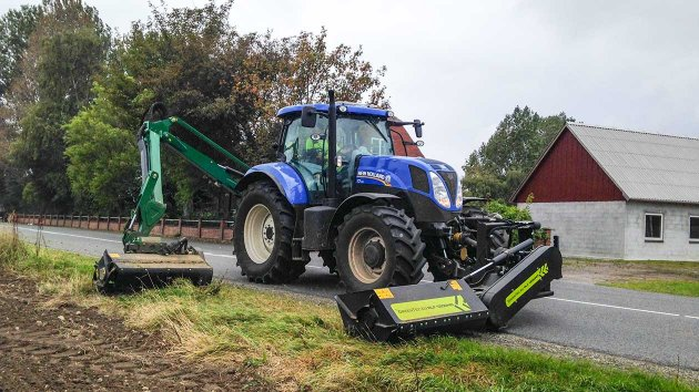 Rear mounted reach mower and front mounted flail mower