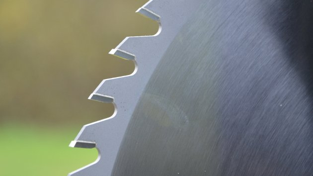 Carbide tipped saw blades