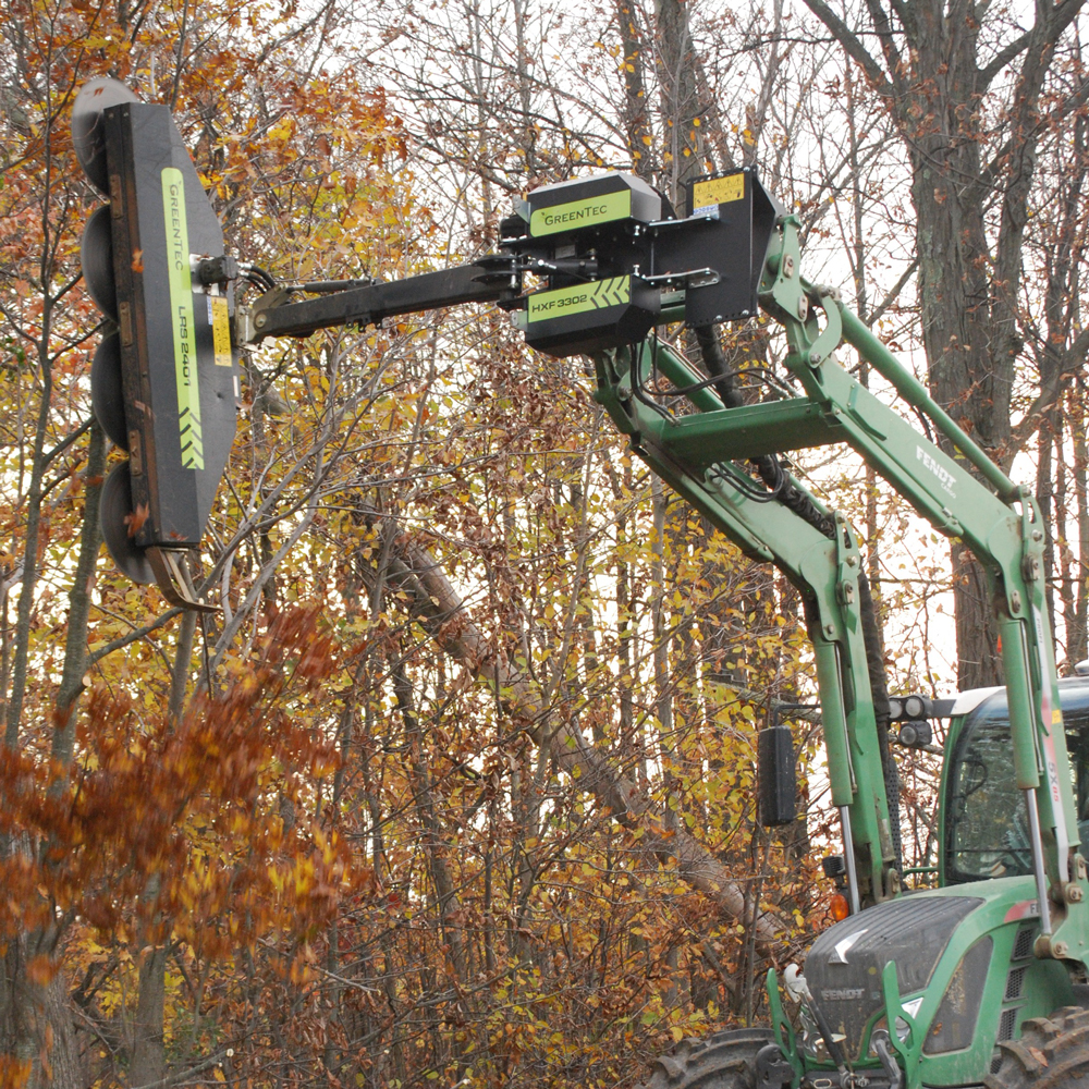 Fence-line trimmer puts an end to dodging branches